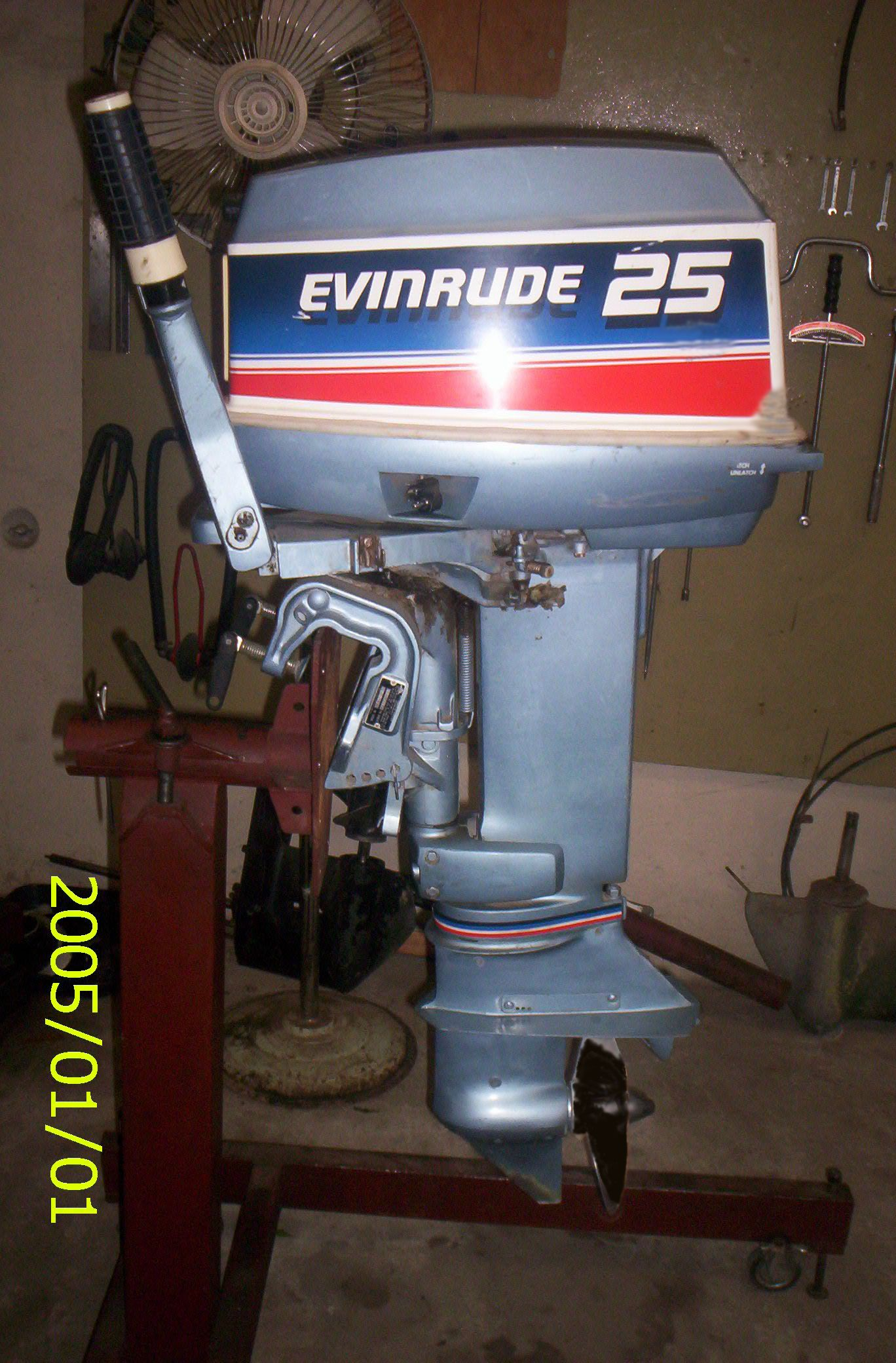 C E Af C D D F Eddc Grande additionally Sell Evinrude Ocean Pro furthermore Side further S L as well . on evinrude 25 hp outboard